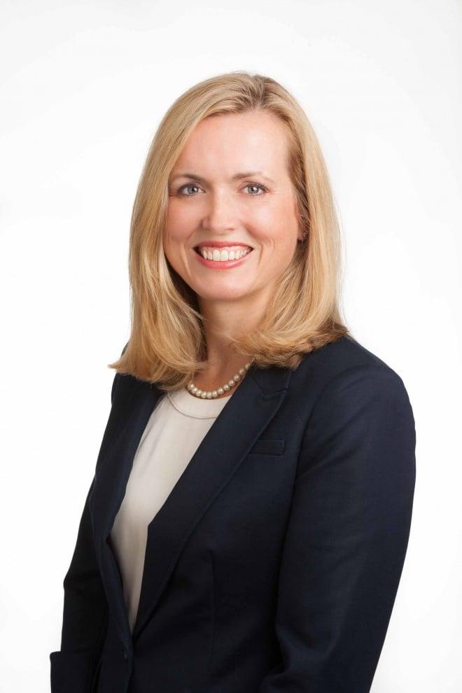 Headshot of Robyn Hargrove for SDM.